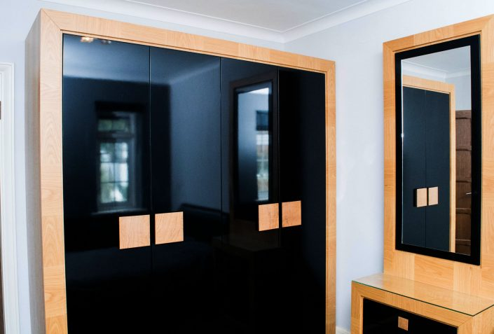 Oak Bedroom Wardrobes Black Gloss Doors